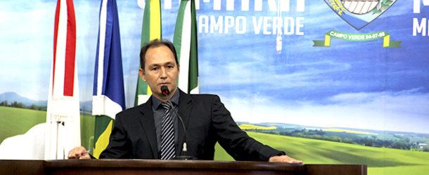 Vereador indicou Poda de árvores no Bairro Jupiara.