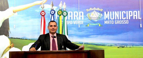 Vereador indicou medidas junto ao Ministério da Integração Nacional e Exército Brasileiro com o objetivo de realizarem perfuração de poços artesianos nos assentamentos e comunidades do município que sofrem com a falta de água.